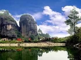 石门岩风景区