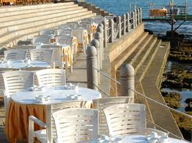 椰城海鲜美食广场
