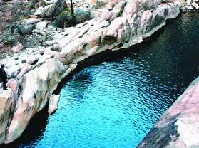 龙吟峡旅游风景区