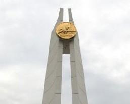 渡江纪念碑