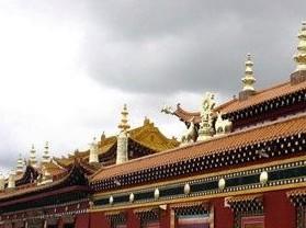 格萨尔王狮龙宫殿