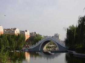 泰安东湖公园