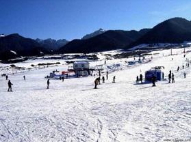 天山滑雪场