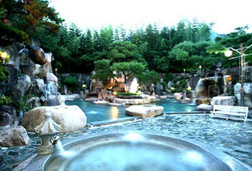 釜谷温泉(Pugok Oncron)