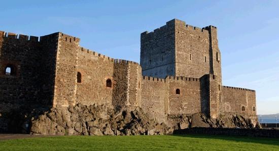邓卢斯城堡(Dunluce Castle)