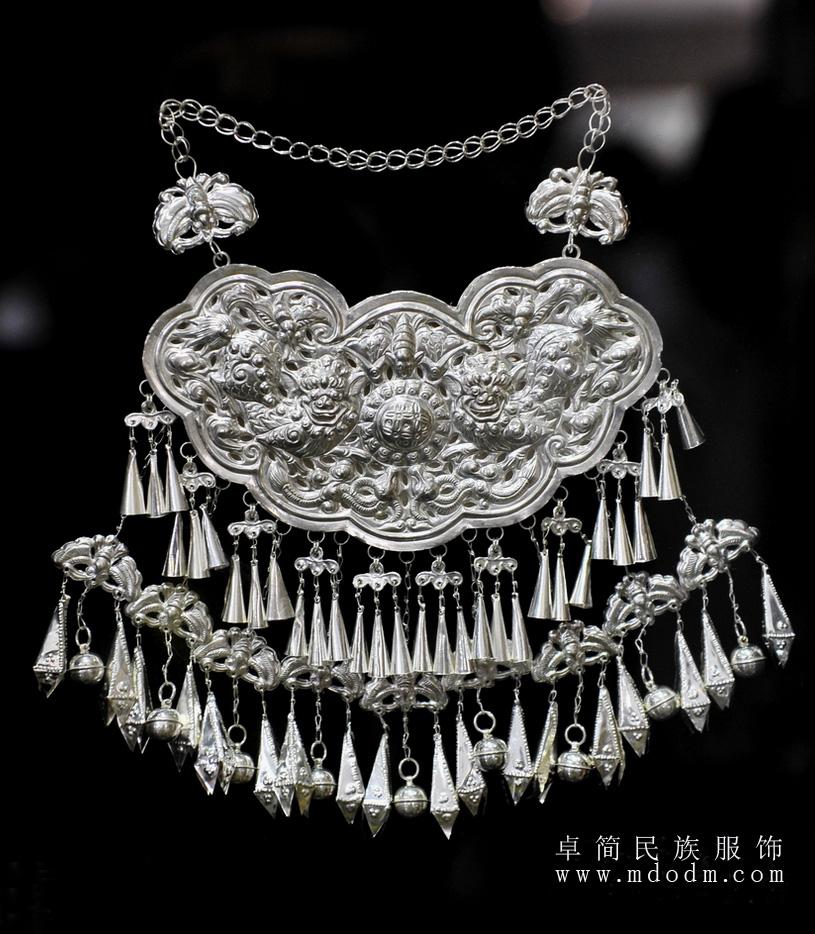 银饰耳环造型设计图