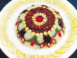 甜莲八宝饭